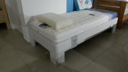 postel REXA 90x200cm / výprodej z expozice