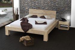 postel SONNO s dřevěným půleným čelem