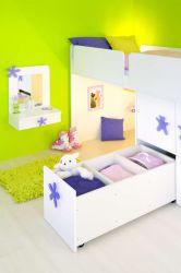 dětská vyvýšená postel