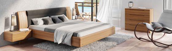 ložnice postele stolky